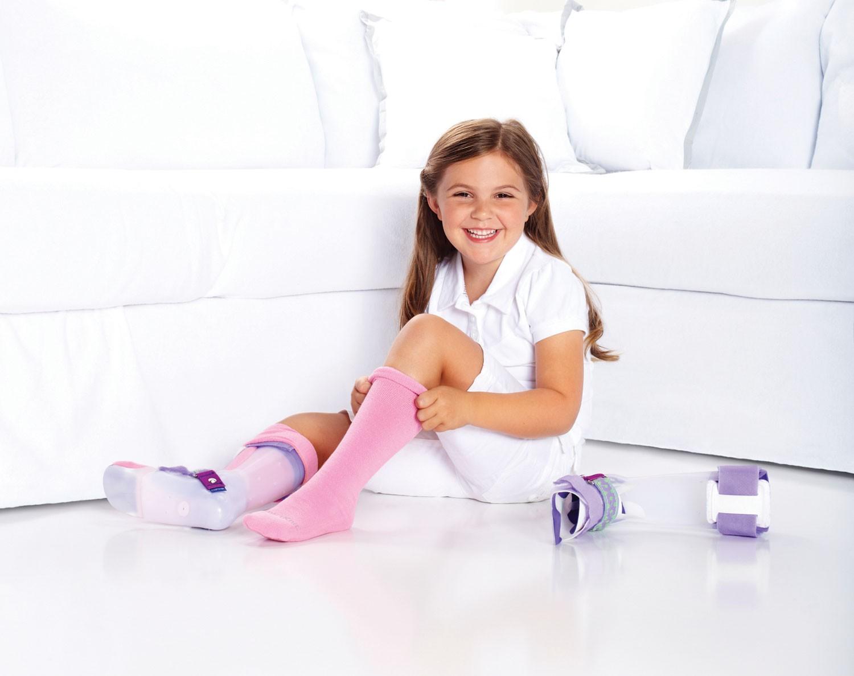 boy wearing girl socks